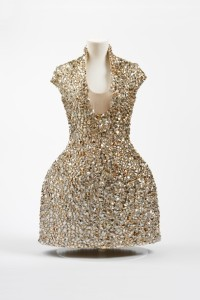 Figure 8- The V&A, 2015, Bell Jar Dress, http://wsimag.com/fashion/14057-alexander-mcqueen-a-cut-above-the-rest